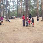 Elena organizó un juego con los niños